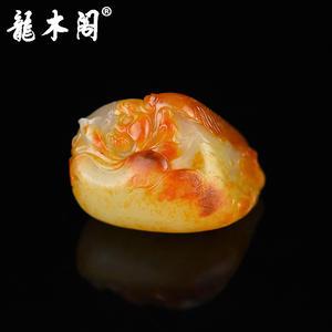 新疆和田玉黄沁独籽籽料 苏工俏色巧雕年年有余 吊坠挂件 hty-1675